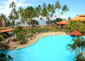 Sri_Lanka__Royal_Palms_Beach_Hotel_Kalutara_view_of_Pool__Beach_view_1_23d61c9ab79bcddece84fc7df28276bc_600x400